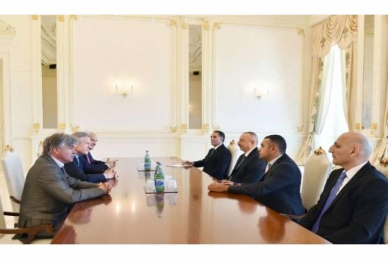 Prezident İlham Əliyev Fransada Azərbaycanın Dostları Assosiasiyasının prezidentinin başçılıq etdiyi nümayəndə heyətini qəbul edib