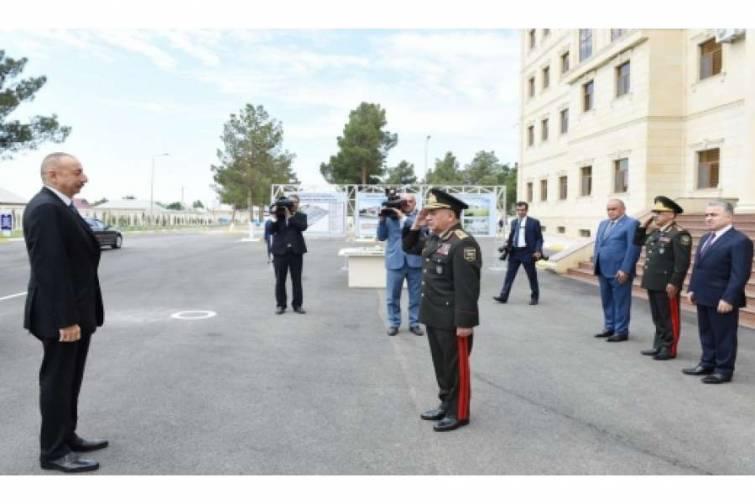 Prezident İlham Əliyev Daxili İşlər Nazirliyinin Daxili Qoşunlarının Şirvan şəhərindəki hərbi hissəsinin açılışında iştirak edib
